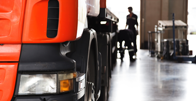 5 reasons why you should service your truck regularly